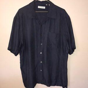 💥Like new! Button down silk shirt.